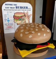 Burger water
