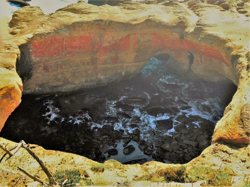 Devils Punch Bowl