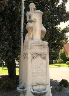 chief-paduke-statue